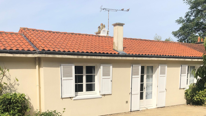- - Poitiers
