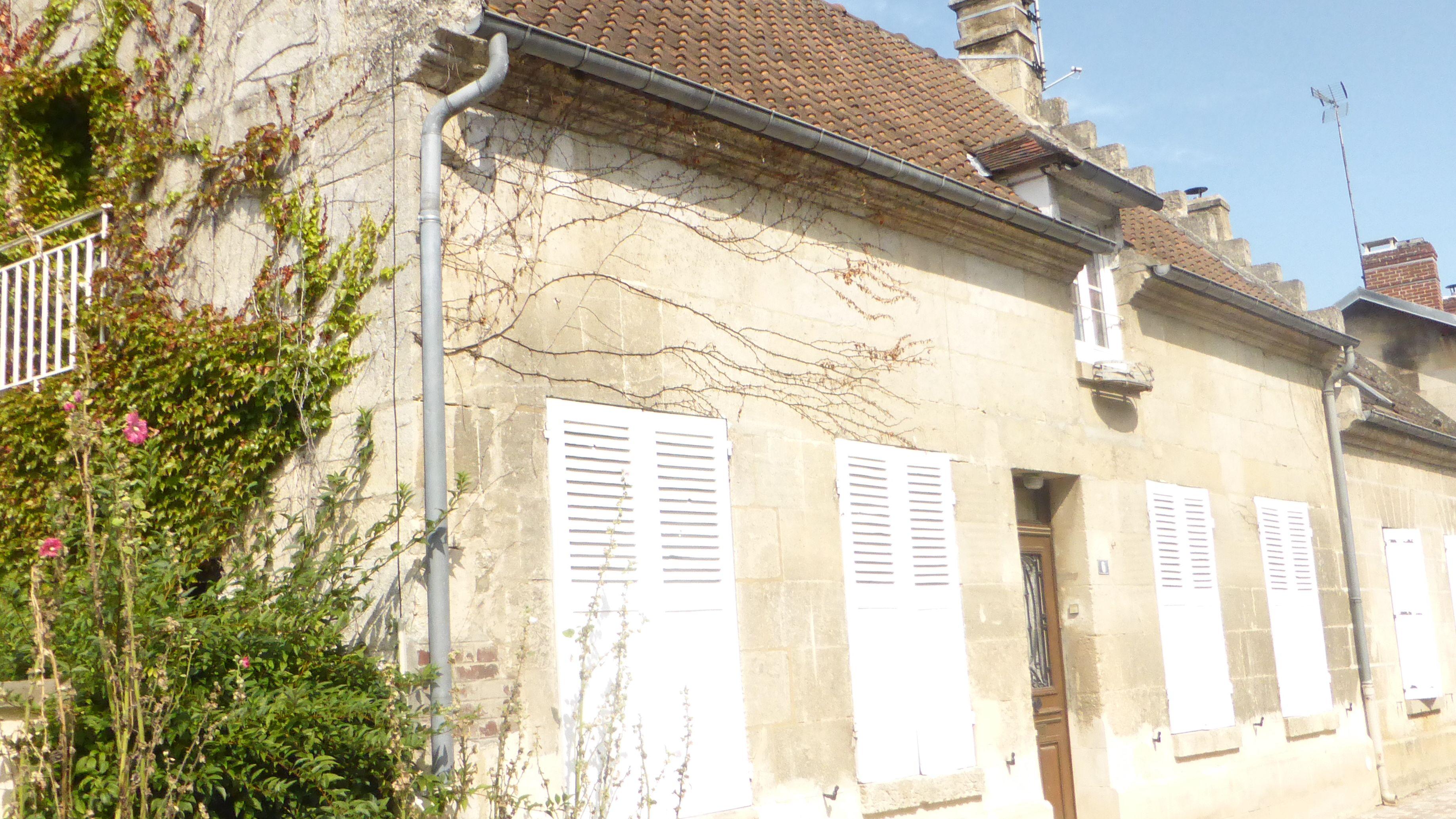 Vieux-Moulin (60350)