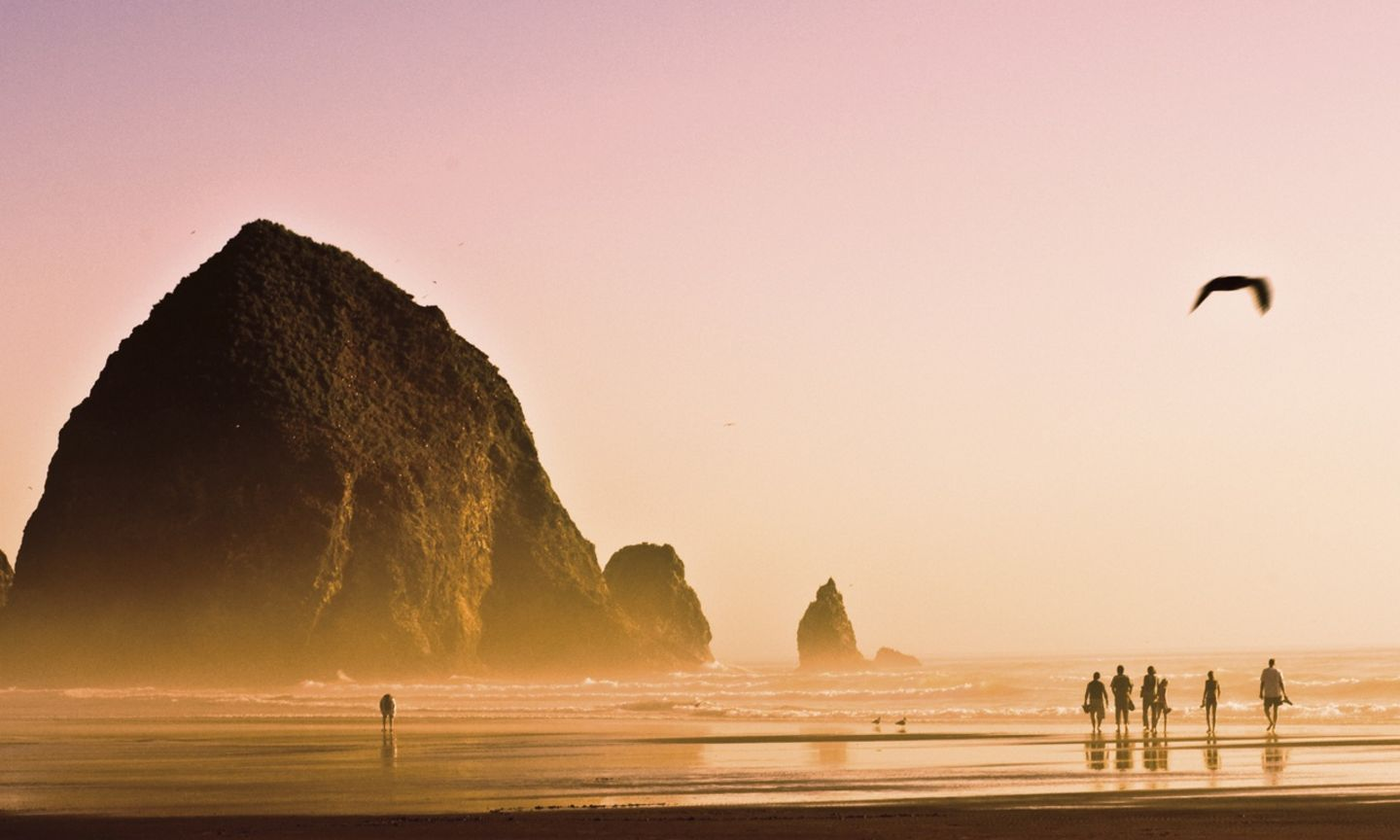 Seaside And Cannon Beach The Official Guide To Portland