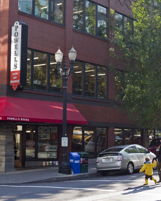 This Portland landmark is the world\'s largest new and used bookstore.
