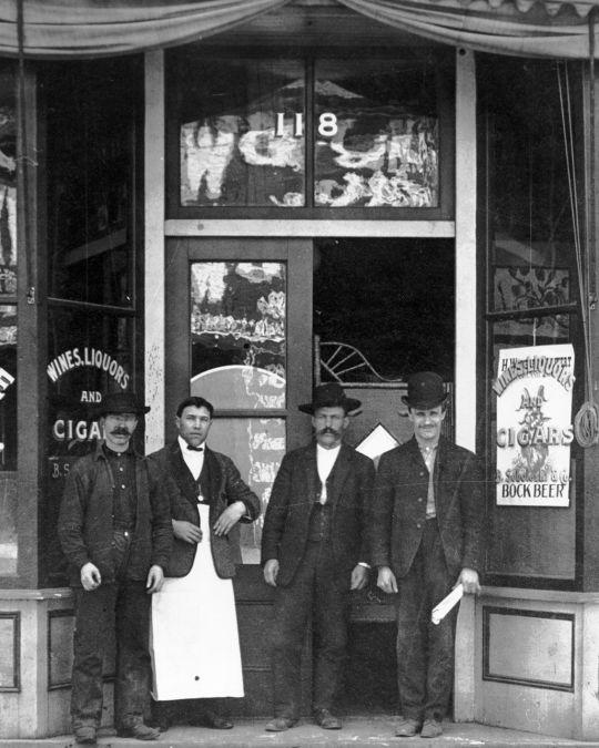 The White Eagle Saloon, circa 1905.