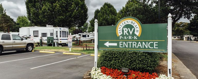 Portland\'s RV park offer amenities like heated pools, game room and fitness centers.