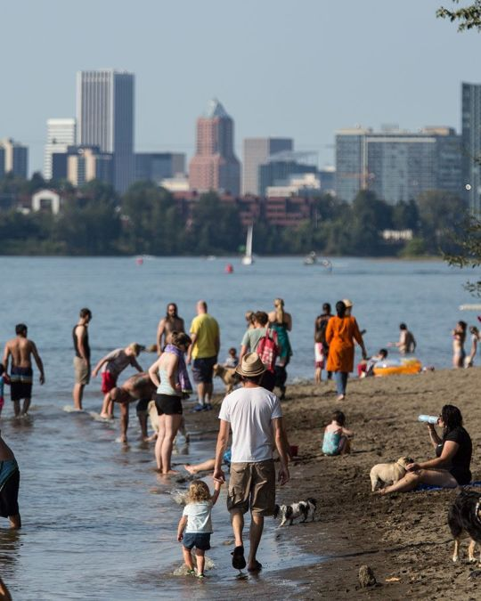 families gathered at Willamette River beach