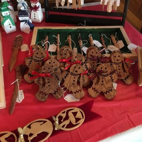 Deepwood Holiday Market
