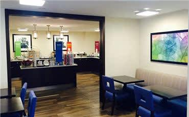 Allentown Park Hotel - Breakfast and Dining Area
