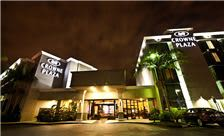 Crowne Plaza Costa Mesa OC - Exterior at Night