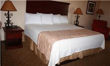 Hotel Texas Hallettsville - King Suite Bedroom