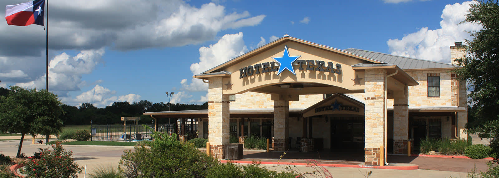 Location of Hotel Texas Hallettsville
