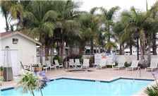 O'Cairns Inn & Suites Amenities - Outdoor Pool