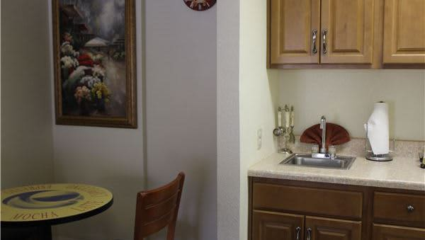 Two-Room Suite in O'Cairns Inn & Suites, Lompoc