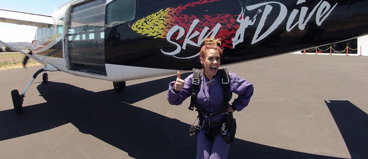 Skydiving Santabarbara, California