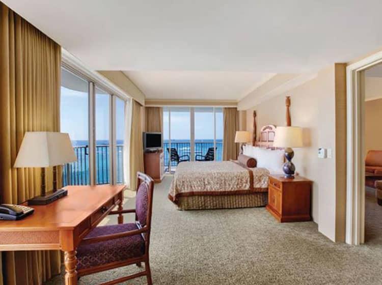 Honolulu Ocean View Hotel Suites Outrigger Reef Waikiki