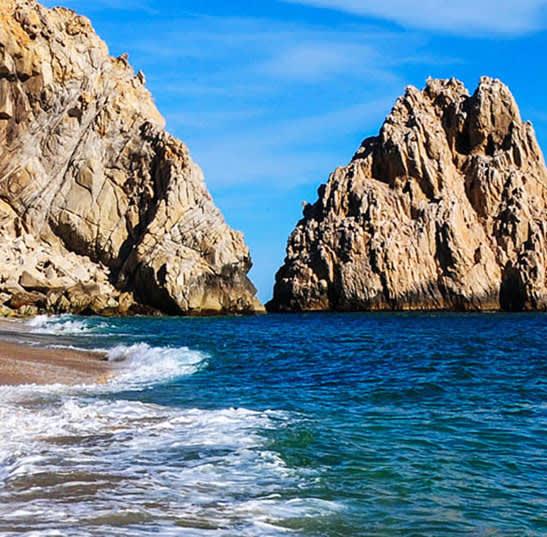 Los Cabos Lover's Beach (Playa del amor)