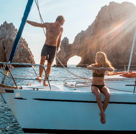 Luxury sailing in Los Arcos of Mexico