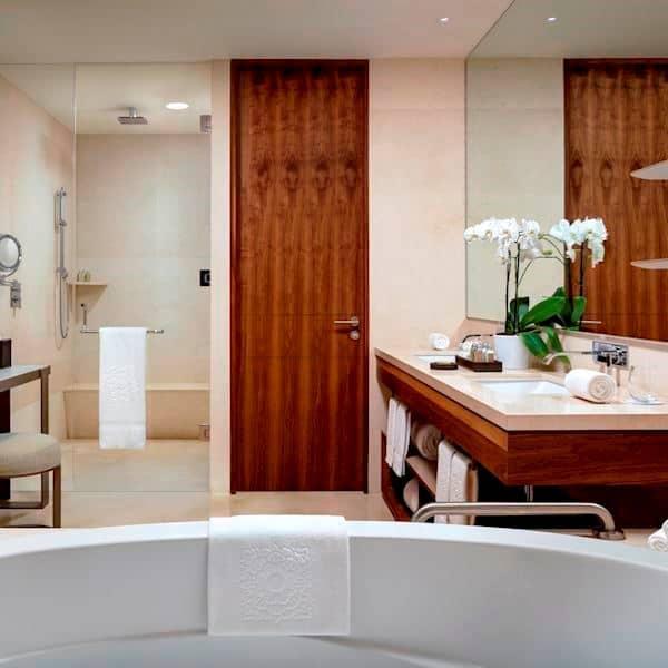 Suite Sunrise Bath Los Cabos