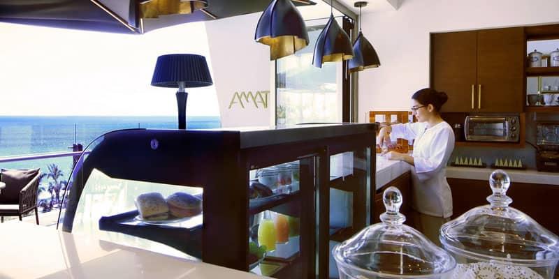Amat Café