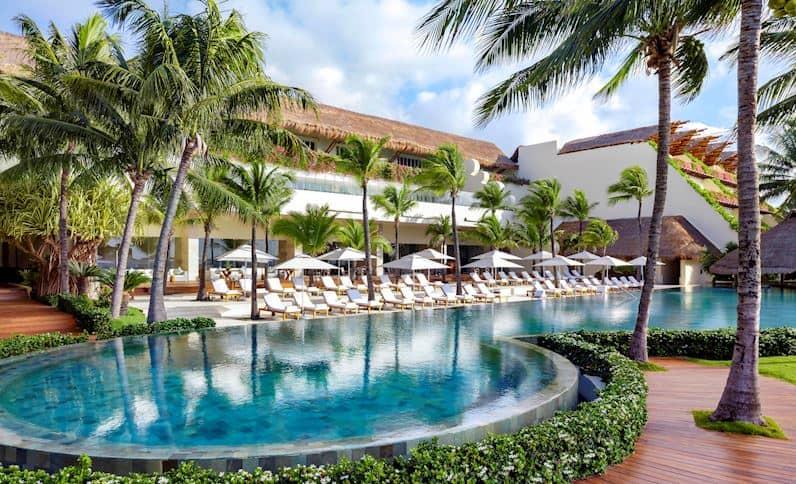 grand class pool