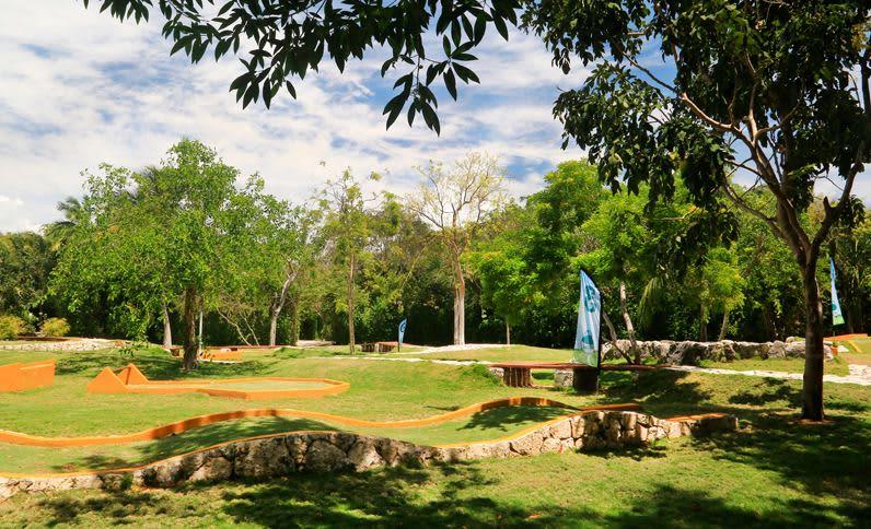 Grand Velas Riviera Maya - Minigolf