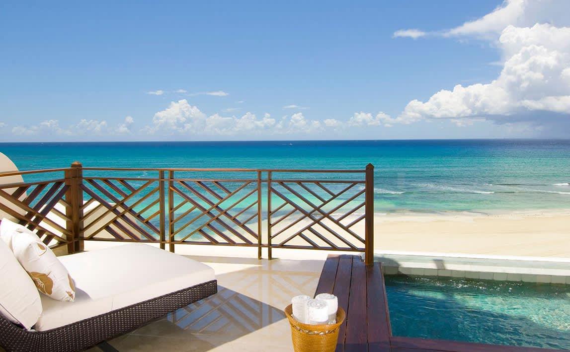 Ambassador Pool Frente al Mar en Grand Velas Riviera Maya