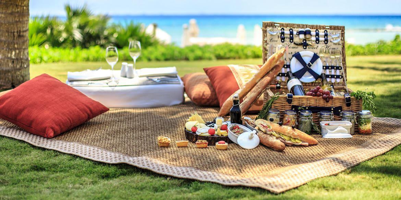 Enjoy Seaside Picnic in Grand Velas Riviera Maya