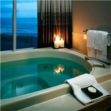 Jetted soaking tub in Executive Suites