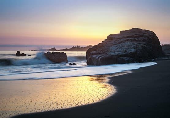Enjoy Beach Access at Brookings Hotel