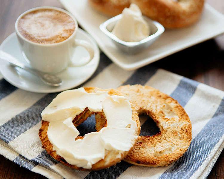 Enjoy Complimentary Breakfast at Brookings Hotel