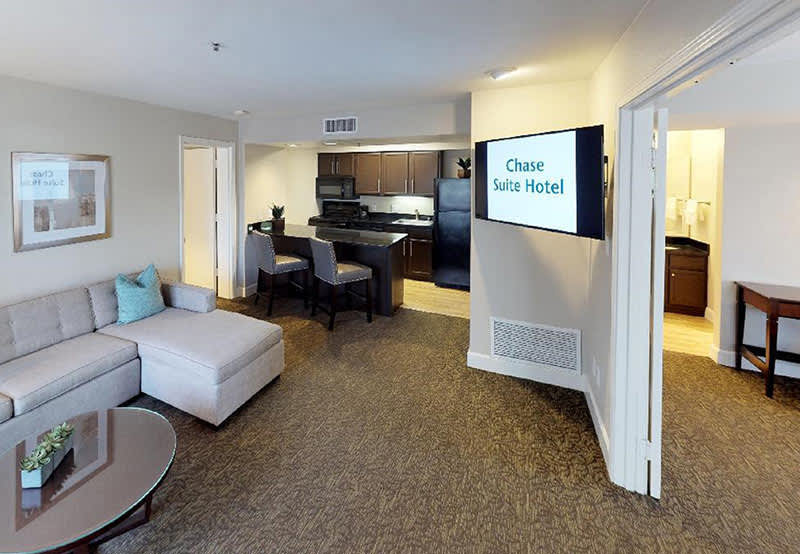 Specials and Packages in Chase Suite Hotel Brea