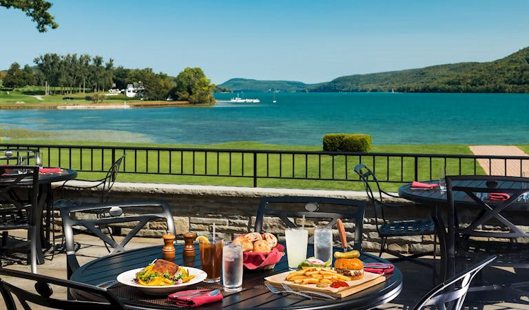 Hawkeye Bar & Grill at Cooperstown Getaway Hotel, New York