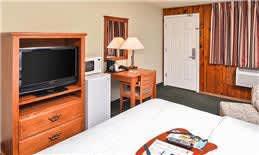 Room Amenities at Courtesy Inn Eugene Hotel, Oregon