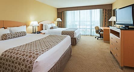 Double Queen Guestroom - Crowne Plaza Orlando Accommodations
