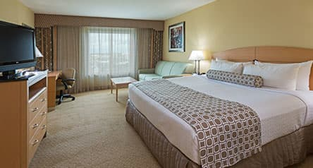 Crowne Plaza Orlando - Universal Blvd King Deluxe Executive Level