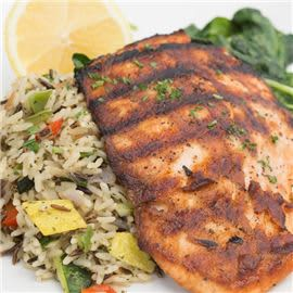 grilled-salmon-at-cucina-venti-restaurant-photo-02