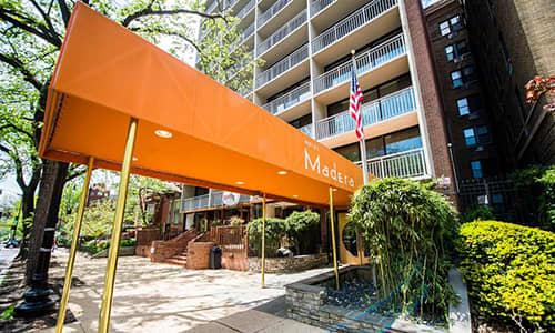 Hotel Madera exterior shot from sidewalk