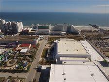 Hilton Daytona Beach Oceanfront Resort - Daytona Hilton and Ocean Center Convention Center adjacent to Daytona Lagoon