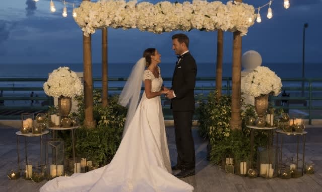 Magical Winter Weddings at Hilton Daytona Beach Oceanfront Resort