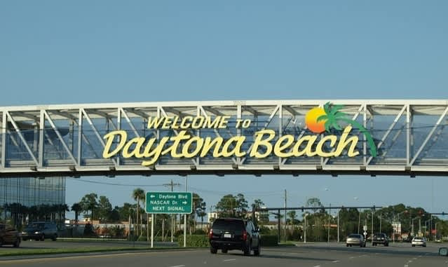 Daytona Beach Events - Bandshell Summer Concert Series & Fireworks