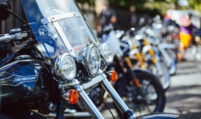 Daytona Beach Bike Week: Biker Package with Free Parking & Breakfast Buffet