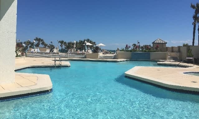 Daytona Beach Hotel - Relax by the Ocean on Our Newly Remodeled Pool Deck