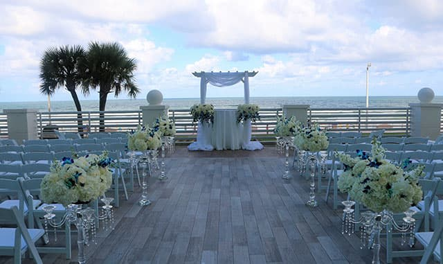 Plan the Perfect Beach Wedding - Daytona Beach
