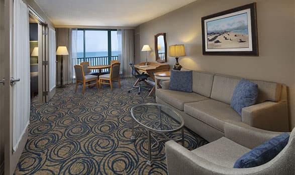 Hilton Daytona Beach Oceanfront Resort Atlantic Suite Accessible w/ Bathtub