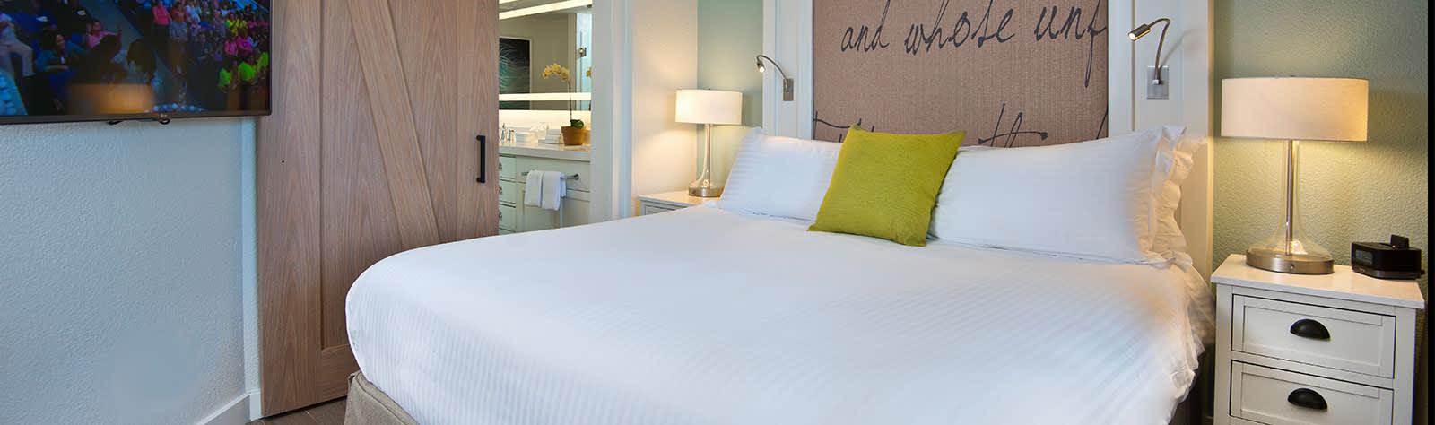 Beach House Suites, Florida - King Suites