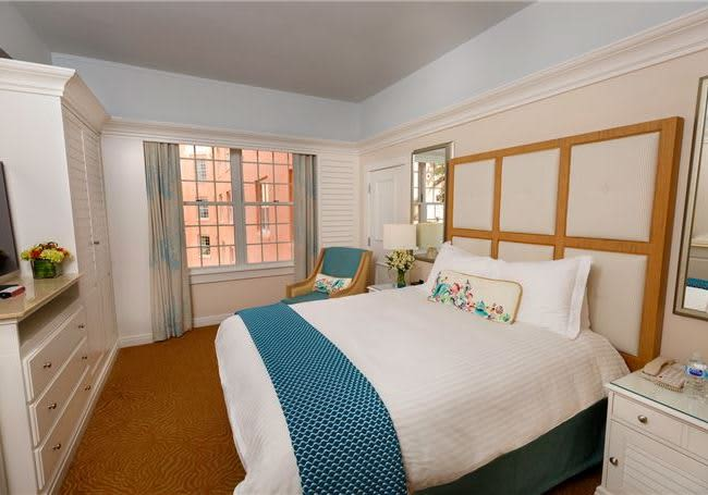 The Don CeSar, Florida - Luxury Partial Gulf View King Accessible
