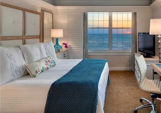 Grand Gulf View King - The Don CeSar, St. Pete Beach