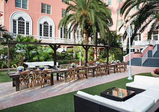 Enjoy the Weddings Ceremony in the Courtyard of The Don CeSar Hotel