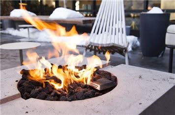 Fire Pit Freepoint Hotel