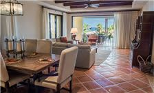 Three Bedroom Residence Veranda with Private Pool and Spa