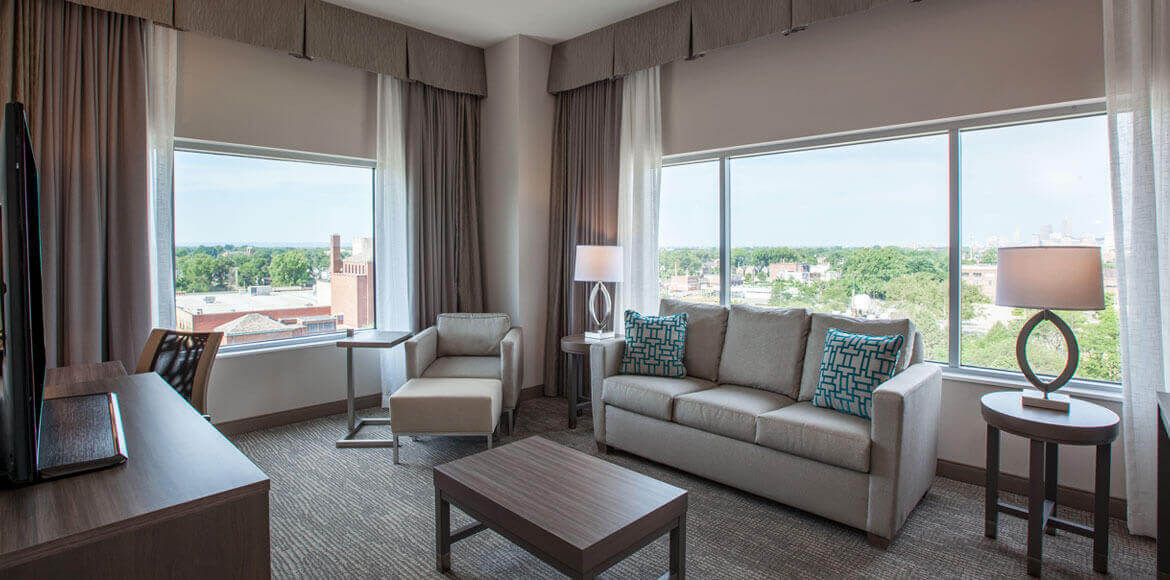 Holiday Inn Cleveland Clinic, Ohio - Presidential Suite
