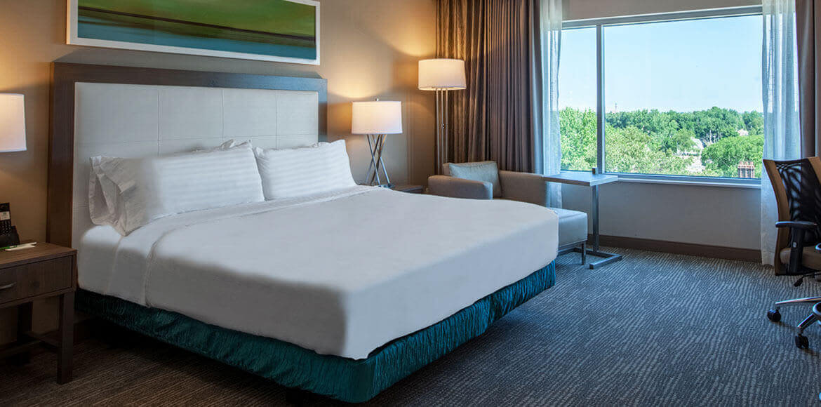 Holiday Inn Cleveland Clinic, Ohio - Studio Suite King Accessible