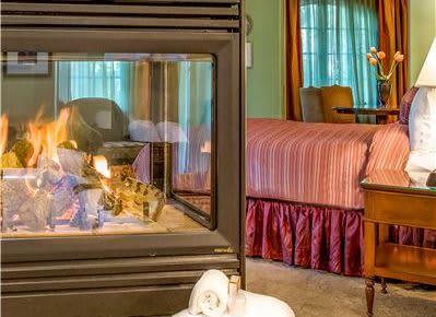 Alma Suite at Hotel Los Gatos - A Greystone Hotel, California